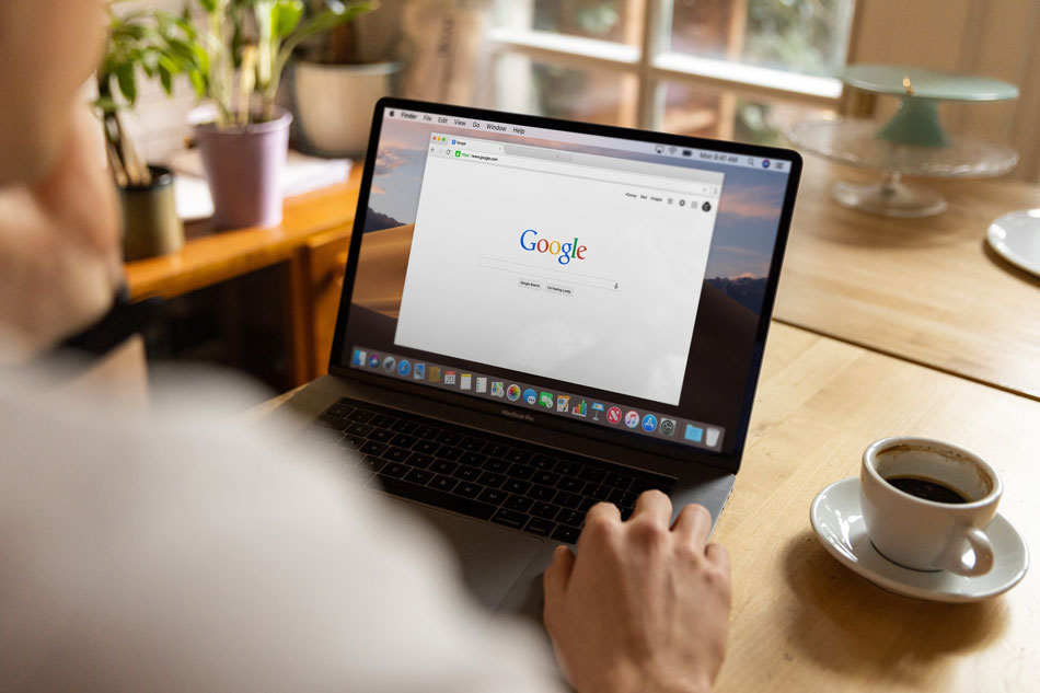 sử dụng google để tìm kiếm người đọc tiềm năng