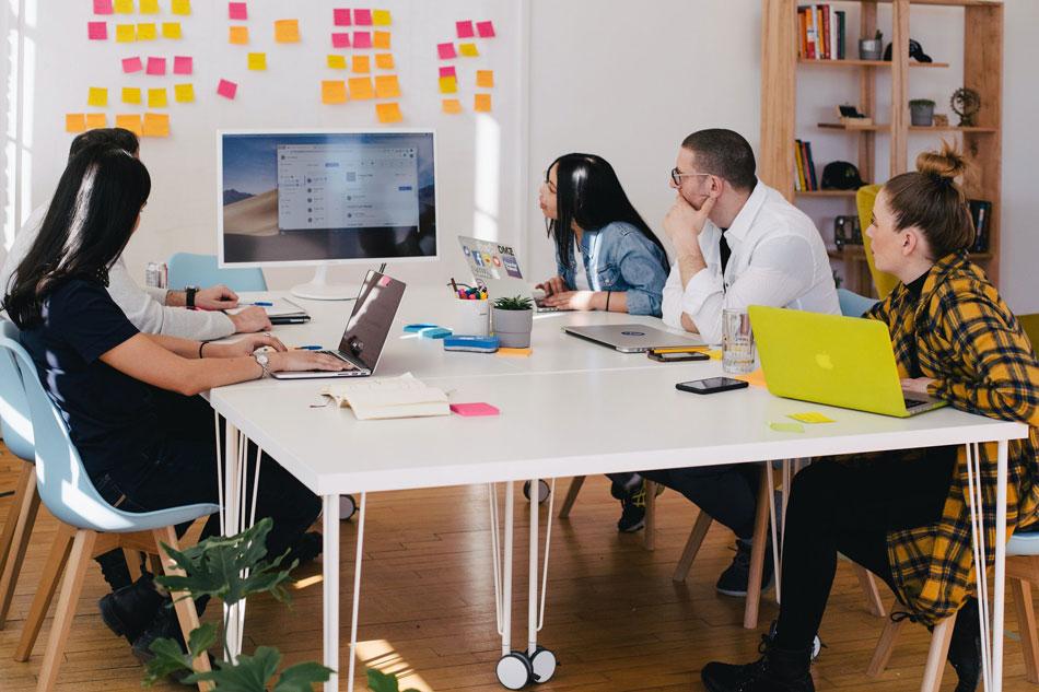 xây dựng doanh nghiệp trực tuyến